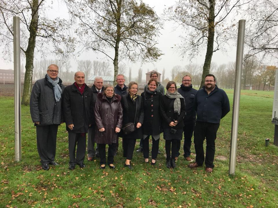 The members of the board of the Amicale Internationale Neuengamme
